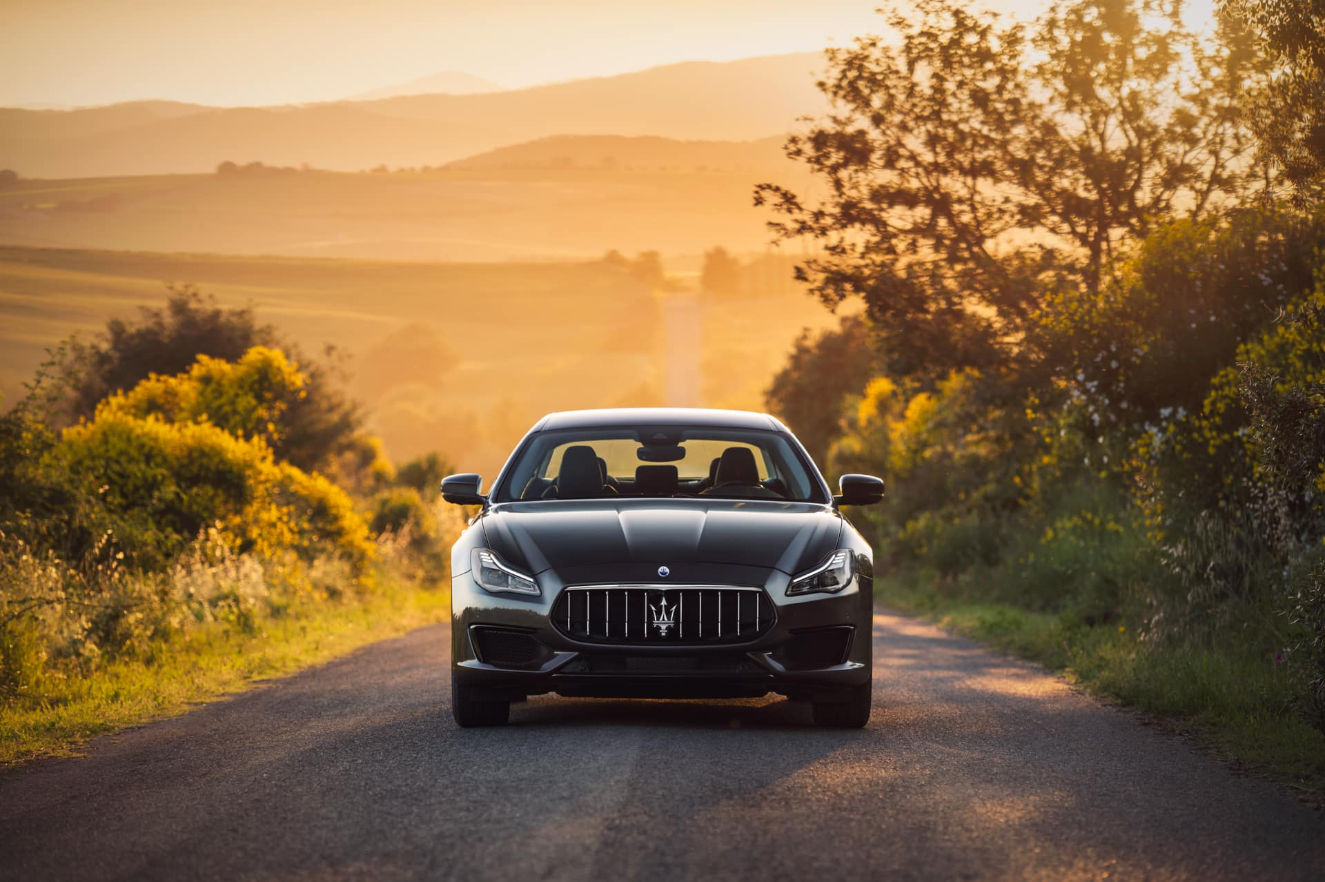 Bennett Maserati of Allentown is a Car Dealership near Westwood Heights PA in Allentown | 2020 Maserati Quattroporte front view