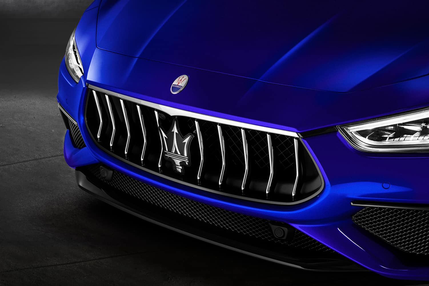 2020 Maserati Ghibli front grill | Bennett Maserati of Allentown is a Car Dealership near Wescosville PA in Allentown