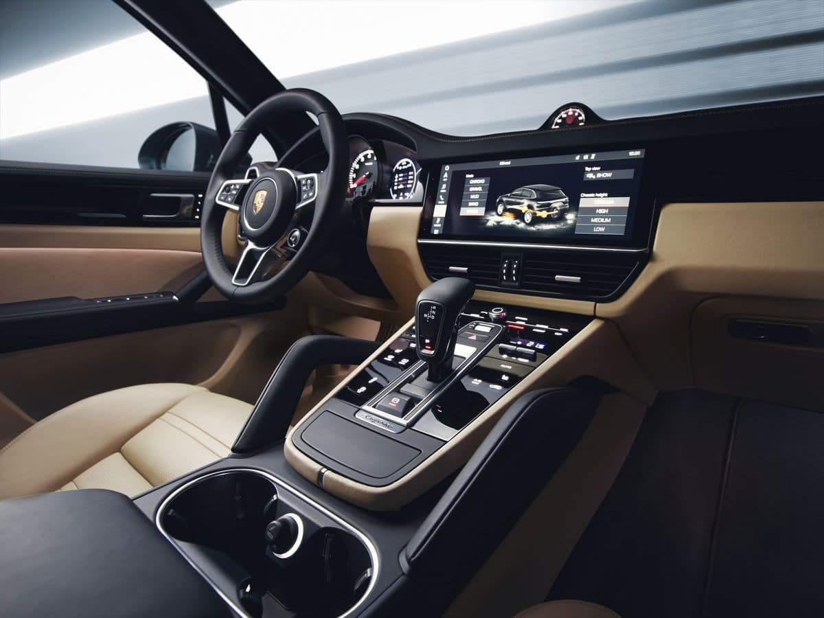 2019 Porsche Cayenne Dashboard Interior