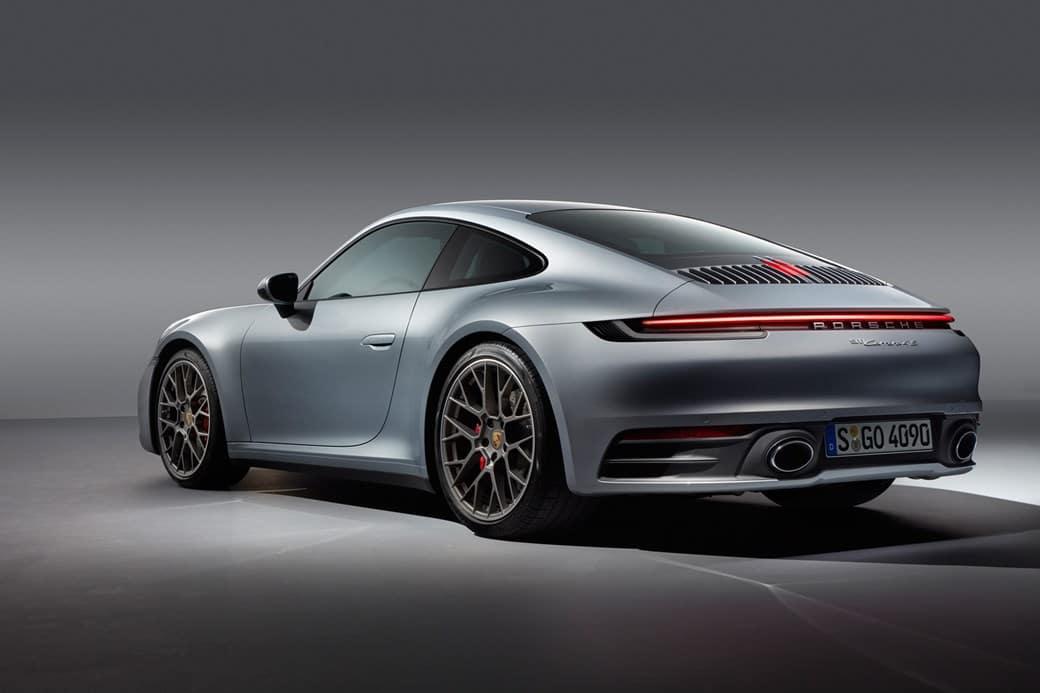 2019 911 Carrera Exterior Back Angle