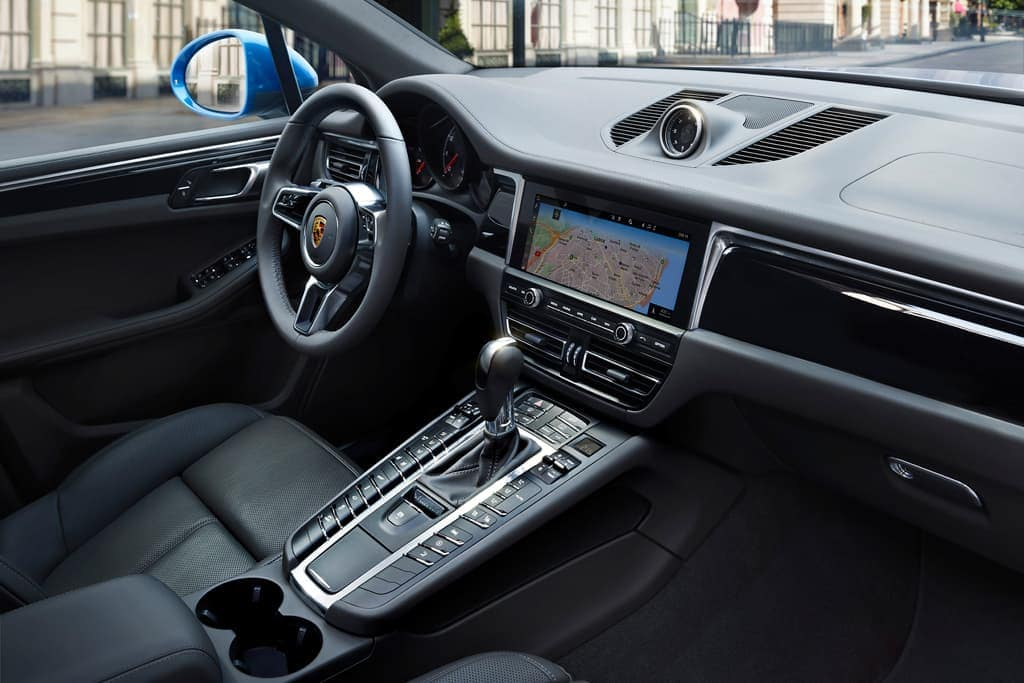2019 Porsche Macan Interior Dashboard Angle View