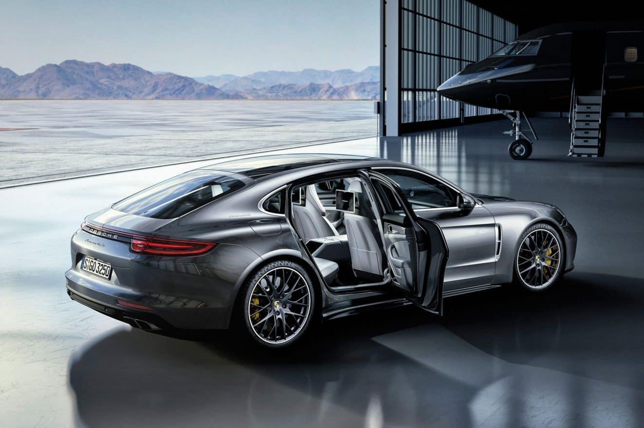 2019 Porsche Panamera Exterior Side View