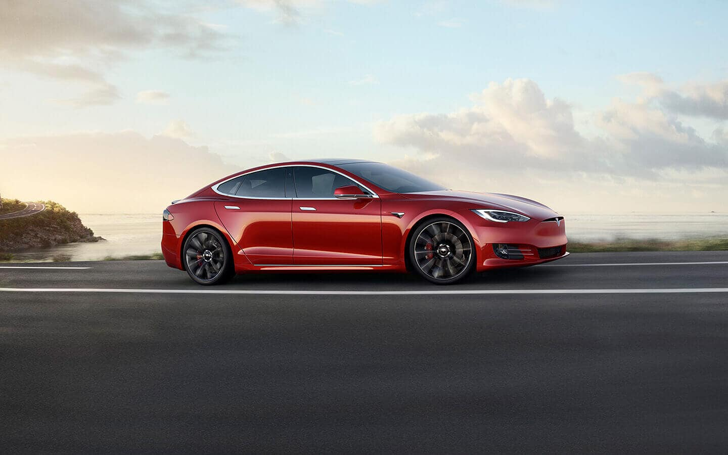 2019 Tesla Model S Exterior Side view