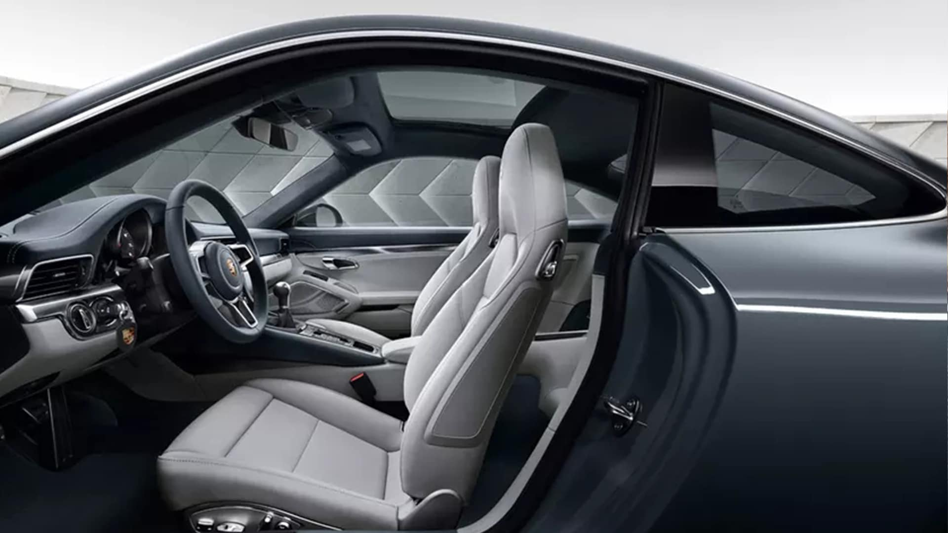 2020 Porsche 911 Carrera Interior