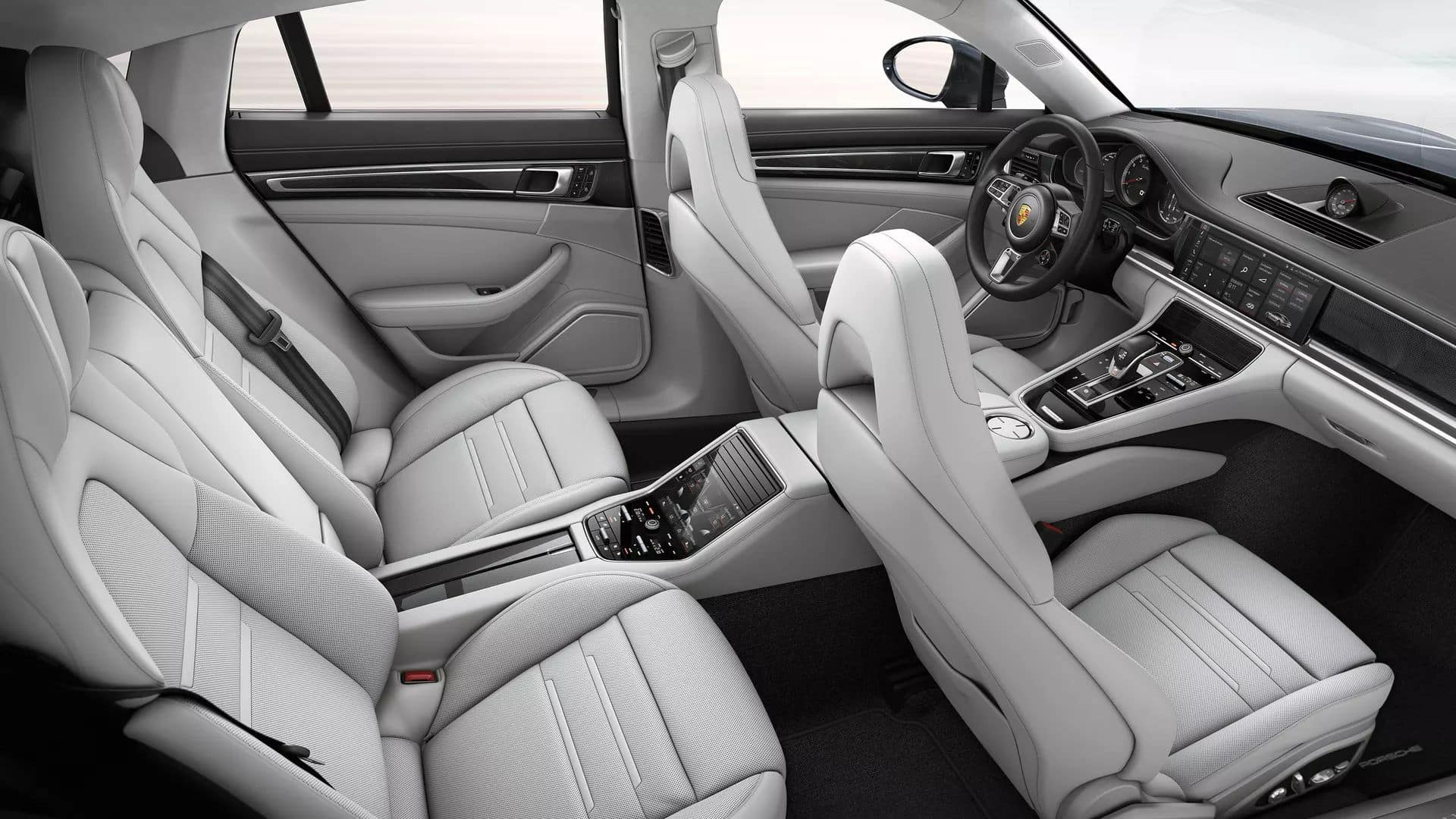 2019 Porsche Panamera Interior