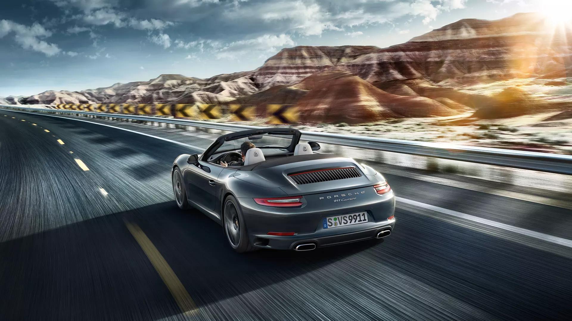 2020 Porsche 911 Carrera Exterior