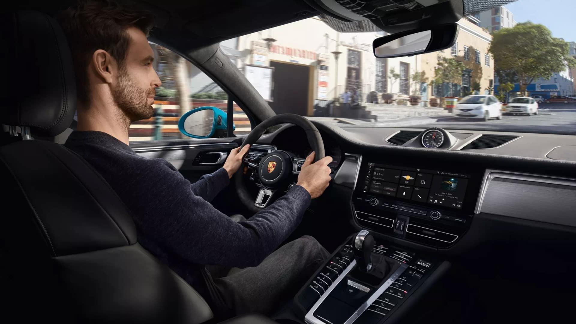 2019 Porsche Macan Technology