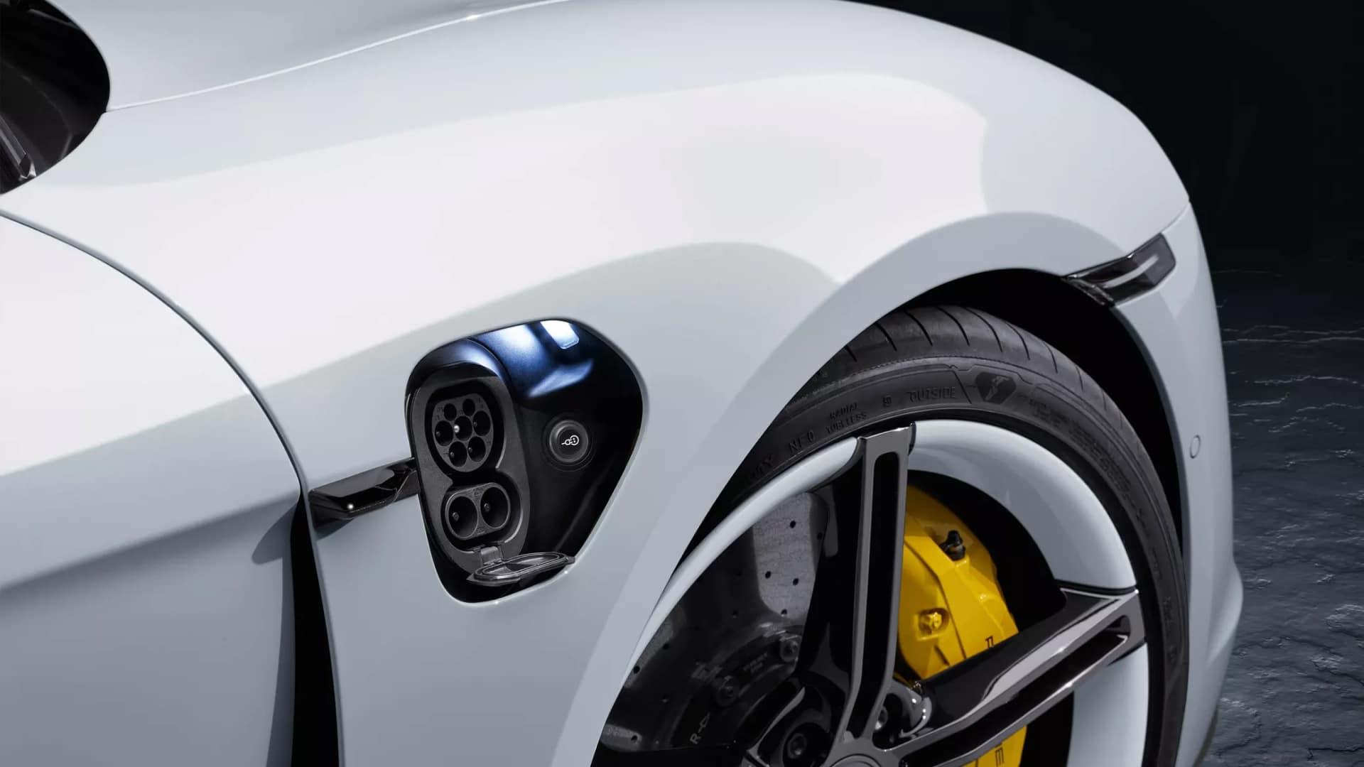2020 Porsche Taycan Exterior