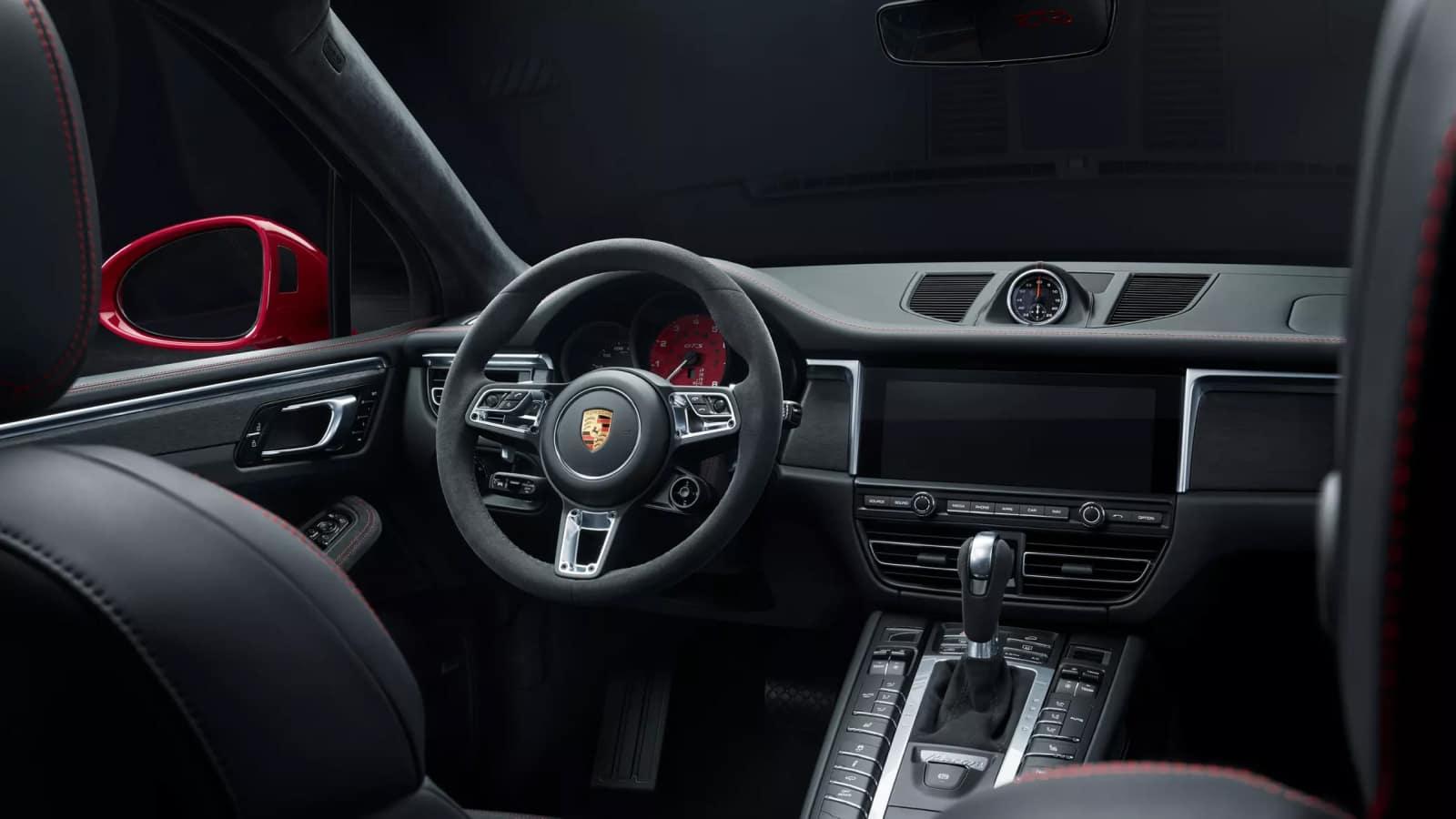 2020 Porsche Macan Safety