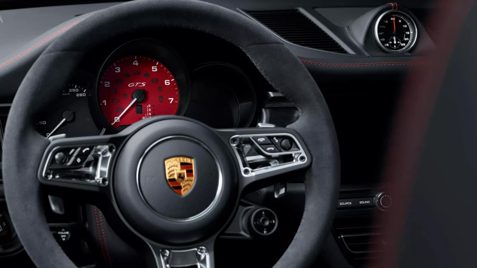 2020 Porsche Macan Technology
