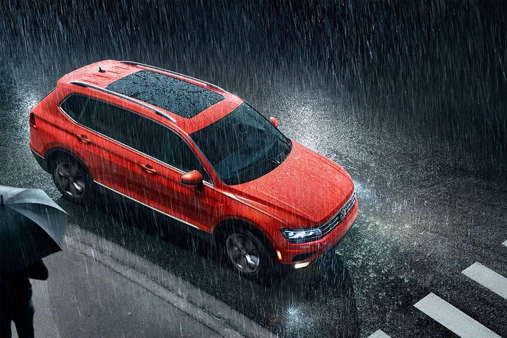 2019 VW Tiguan In the Rain