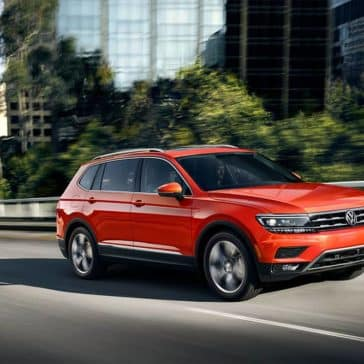 2019 VW Tiguan Driving