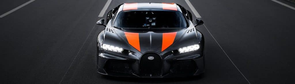 Bugatti Chiron Super Sport 300+ on Track
