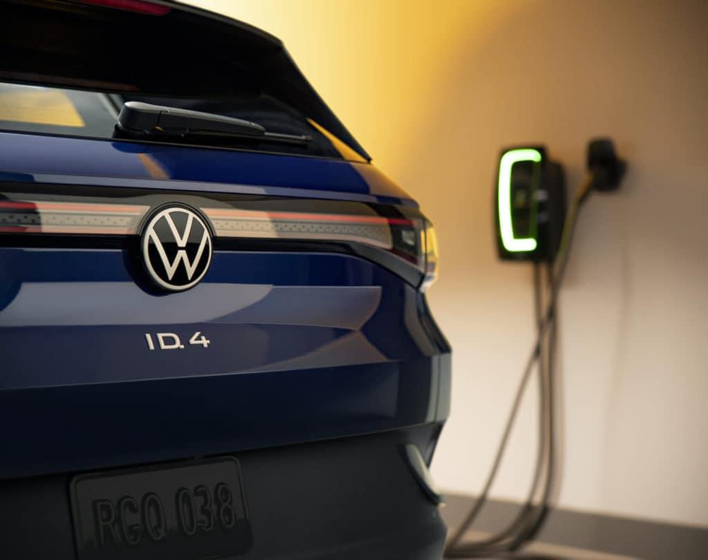 Volkswagen ID.4 Charging Bud Brown Volkswagen