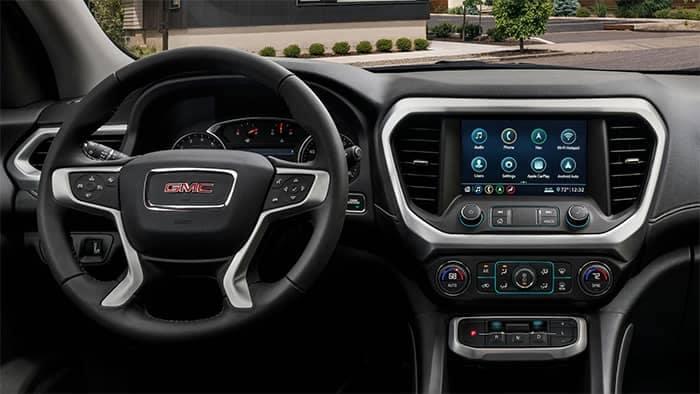 2020 GMC Acadia Interior Dashboard and Steering Wheel Features