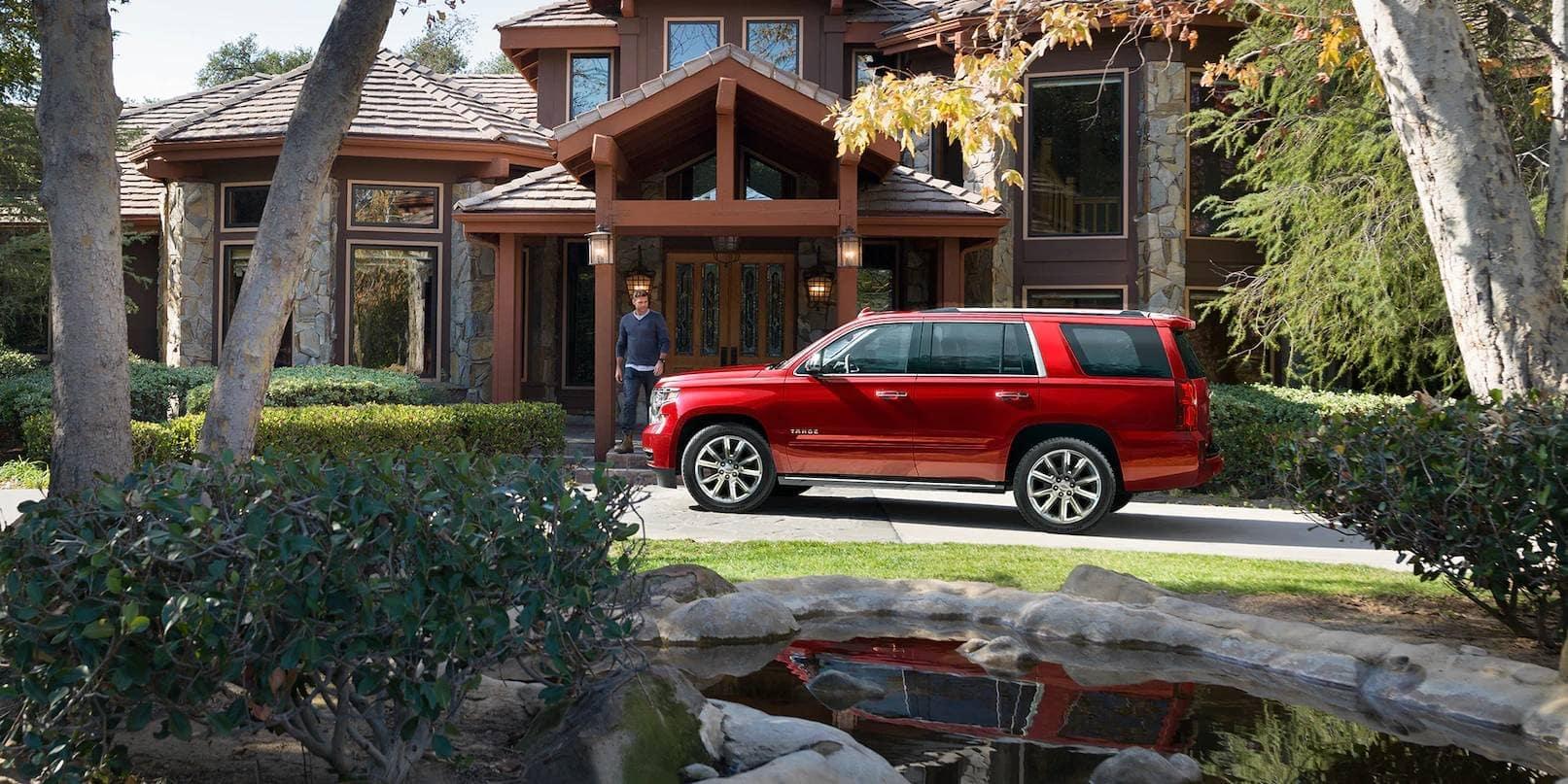 2019-Chevrolet-Tahoe-EXTERIOR-2