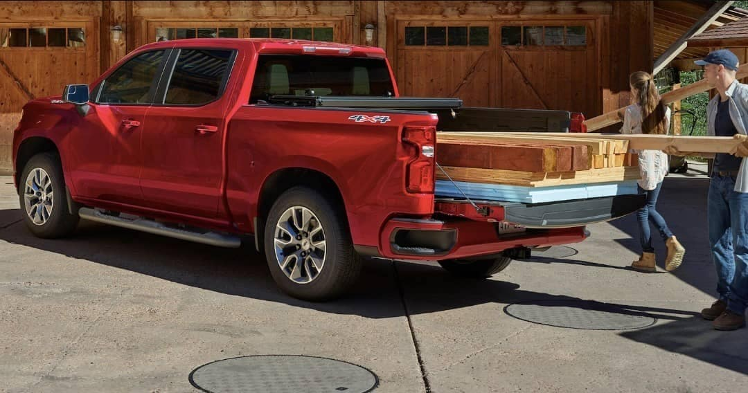 2020 Chevrolet Silverado 1500 bed space