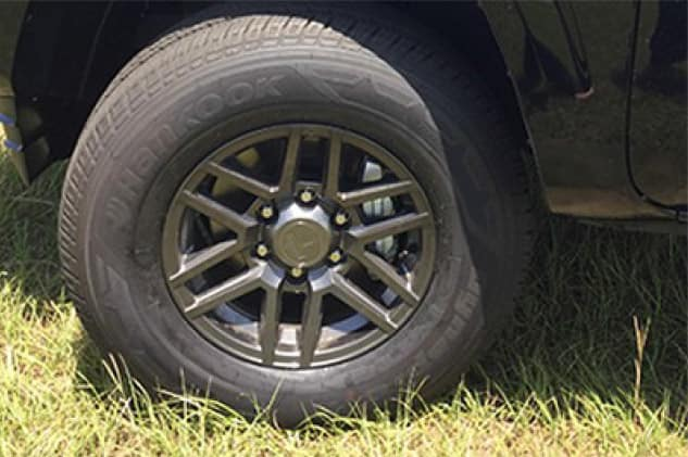 2019 Toyota Tacoma 4X2 16 inch Split Spoke Gunmetal Alloy Wheel