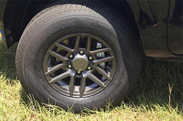 2020 Toyota Tacoma 4X2 16 inch Split Spoke Gunmetal Alloy Wheel