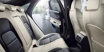 Jaguar-XF-interiors-white