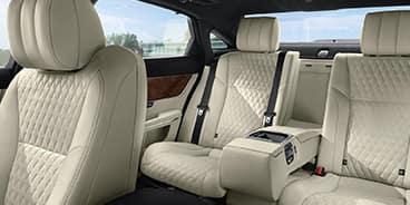 Jaguar-XJ-interior-white