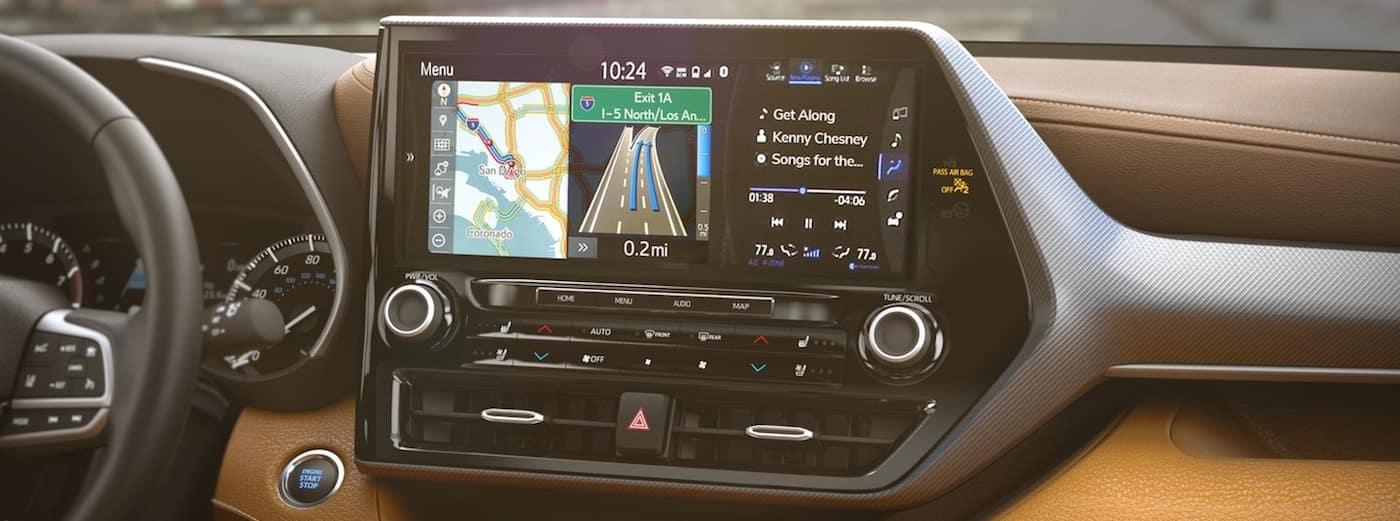 Infotainment system on a 2020 Toyota Highlander with Entune