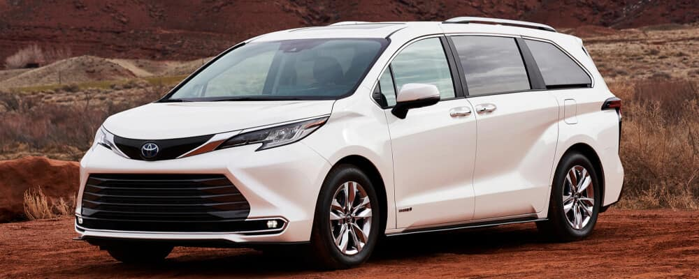 2021 Toyota Sienna in the middle of desert