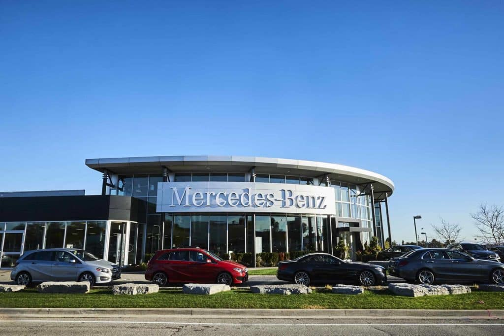 Mercedes-Benz-Oakville_01