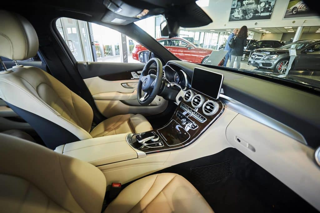 Mercedes-Benz-Oakville_26
