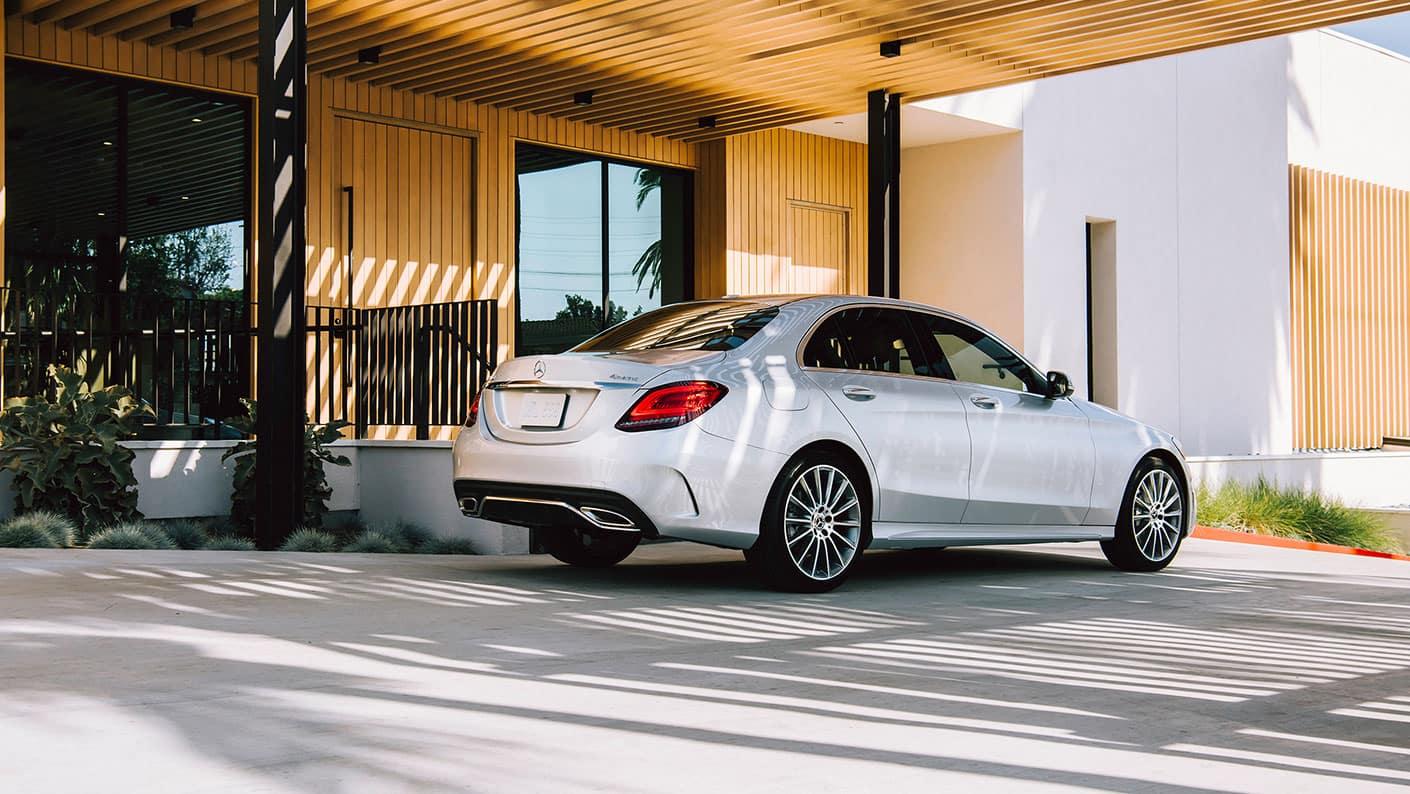 2019-Mercedes-Benz-C-Class-Sedan-back-side-exterior
