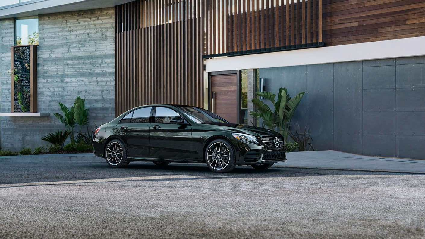2019-Mercedes-Benz-C-Class-Sedan-in-front-of-home
