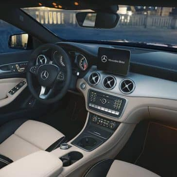 2019-Mercedes-Benz-GLA-gray-interior