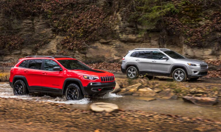 19Jeep Cherokee Exterior Offroad Side By Side