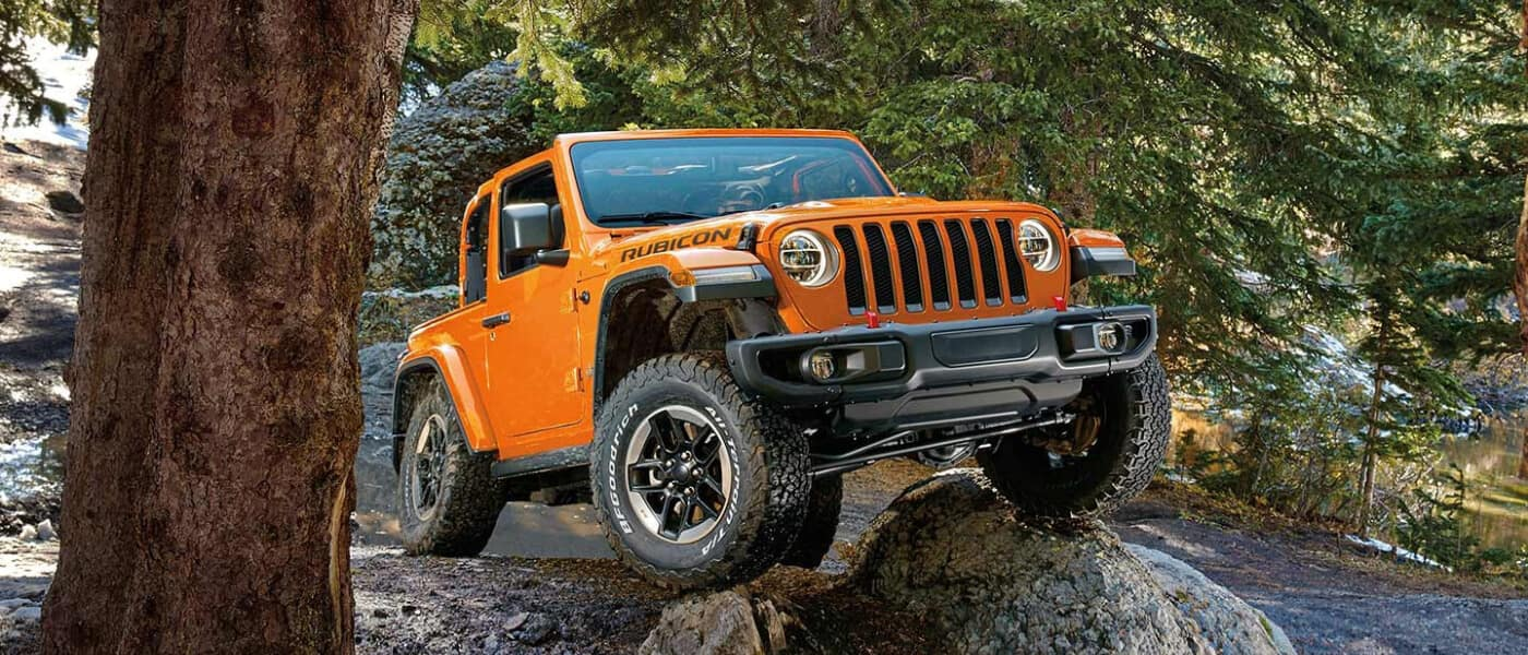 19Jeep Wrangler External Offroad In Forest 21x9