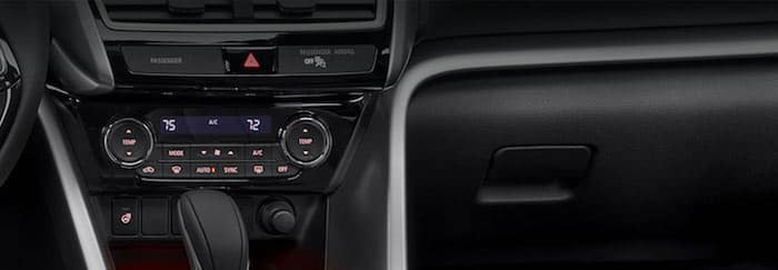 2019 Mitsubishi Eclipse Cross Dual Zone Auto Climate Control