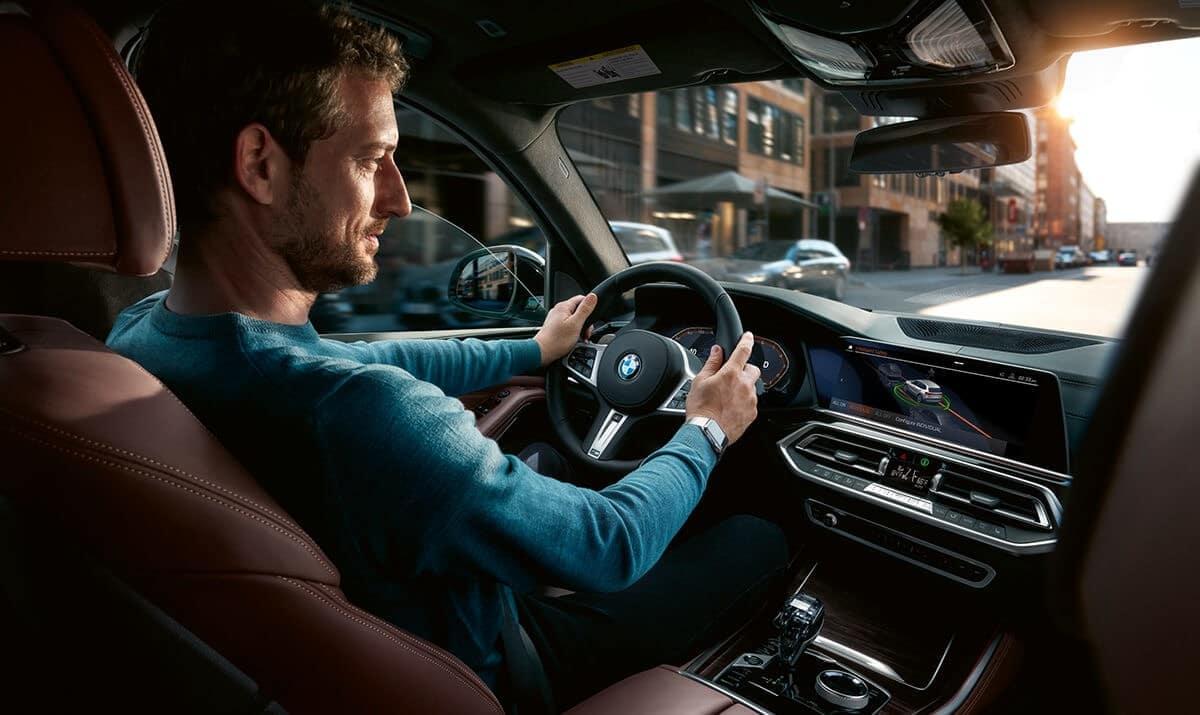 2019-BMW-X5-interior-driving