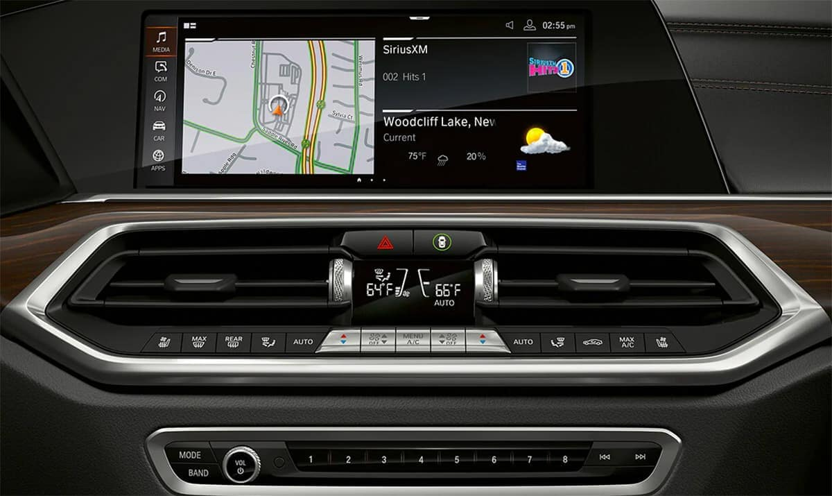 2019-BMW-X5-interior-technology
