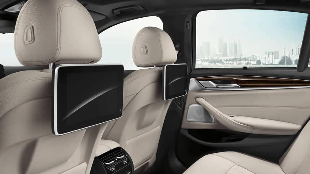 2020 BMW 5 Series Rear Entertainment