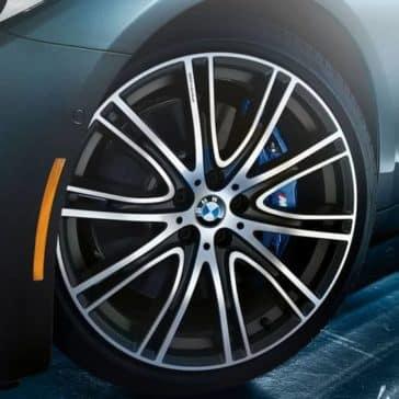 2020 BMW 5 Series Tire