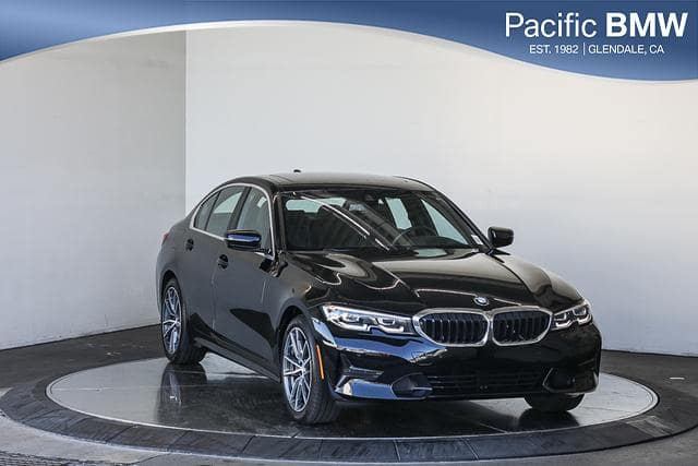 Pre-Owned 2020 BMW 3 Series 330i Sedan North America RWD 4dr Car