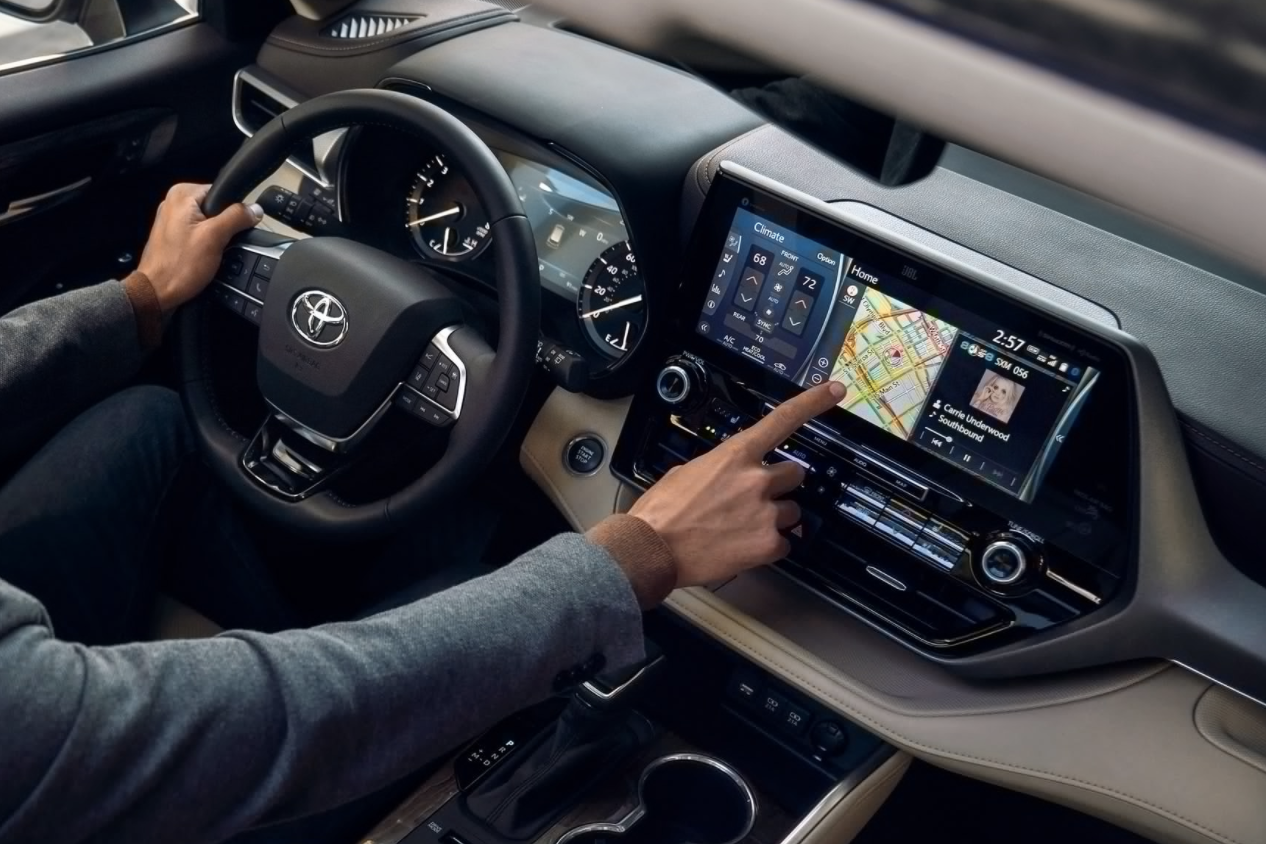 2020 Toyota Highlander Interior Tech Features