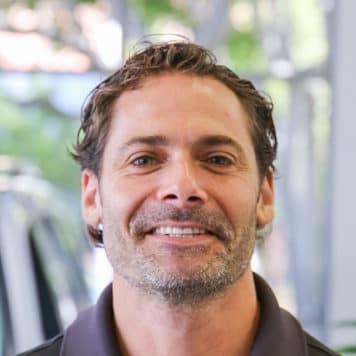 Tony Clumeck