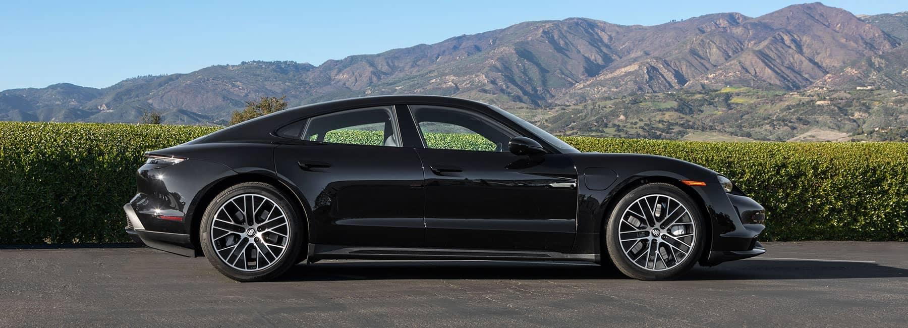 New_2020-Porsche-Taycan-Turbo-5