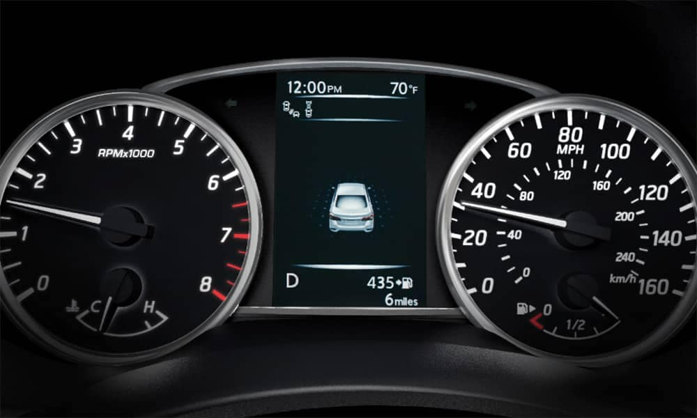 2019-Nissan-Sentra-display