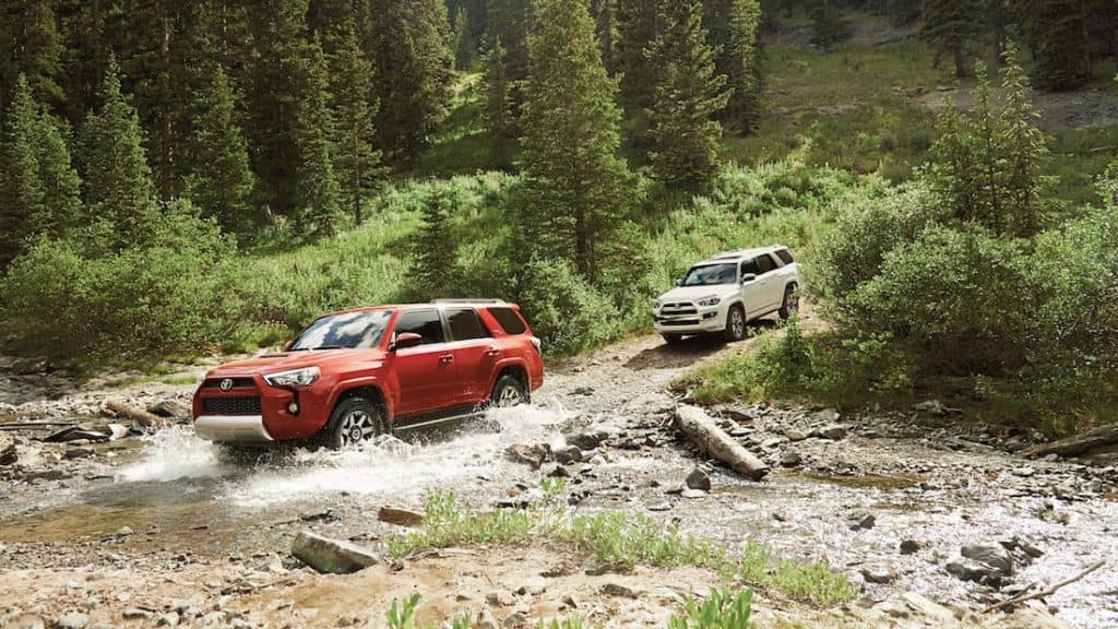 new 2019 Toyota 4Runner fuel capacity vs the competition