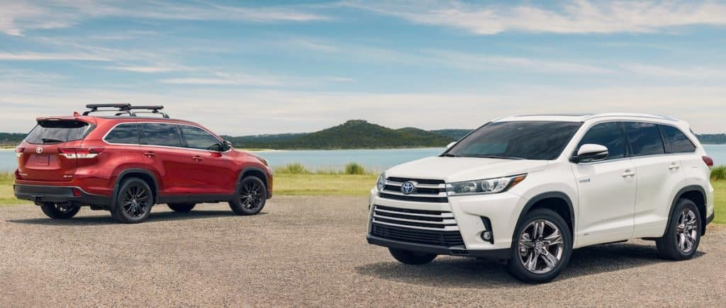 New 2019 Toyota Highlander SUV vs the competition at our Ventura Toyota dealership near Oxnard