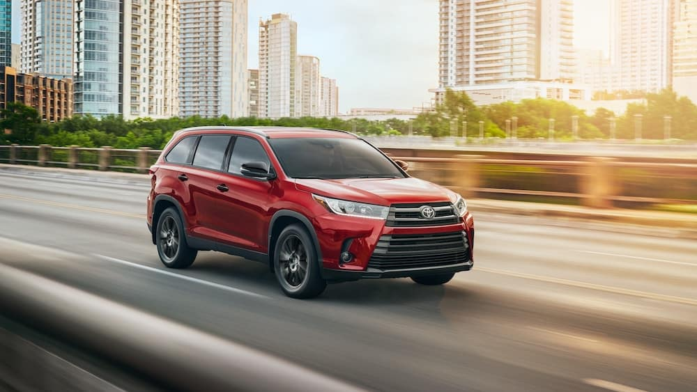 new 2019 Toyota Highlander horsepower vs the competition