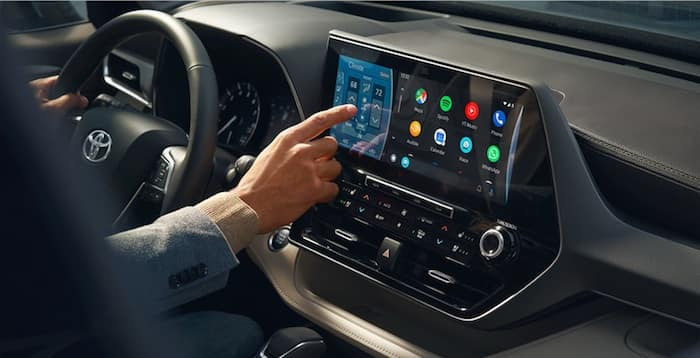 2020 Toyota Highlander interior design with 12.3 inch touch screen display