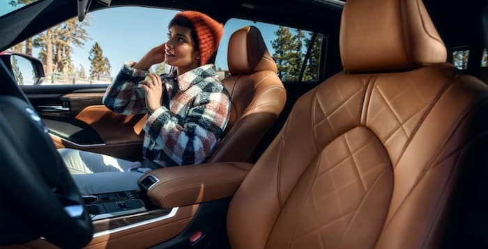 2020 Toyota Highlander heated and ventilated front seats