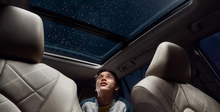 2020 Toyota Highlander panoramic moonroof